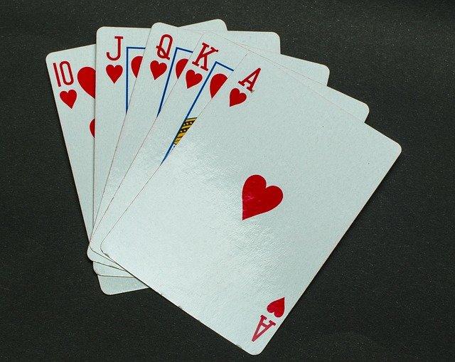 オンカジ ブラックジャック:基本ルール・攻略方法